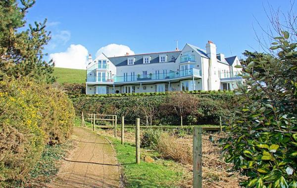 10 The Whitehouse – Holiday Apartment in Watergate Bay