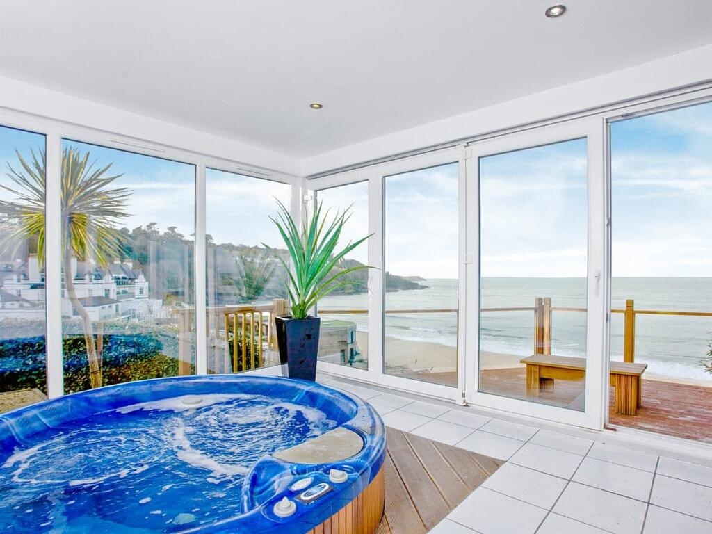 Our Guide to the Best Hot Tub Properties in Cornwall