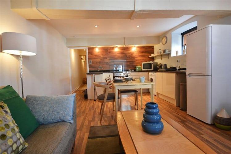 Apartment 1 – Buller House